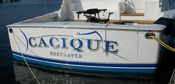 Cacique, Rosehaven Boat Transom